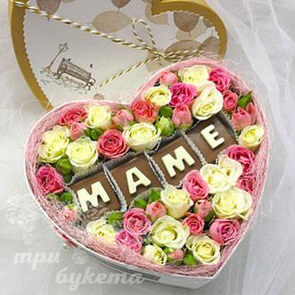Подарок из роз ко Дню Матери